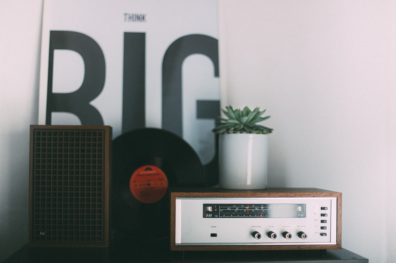 décoration intérieur avec une radio internet