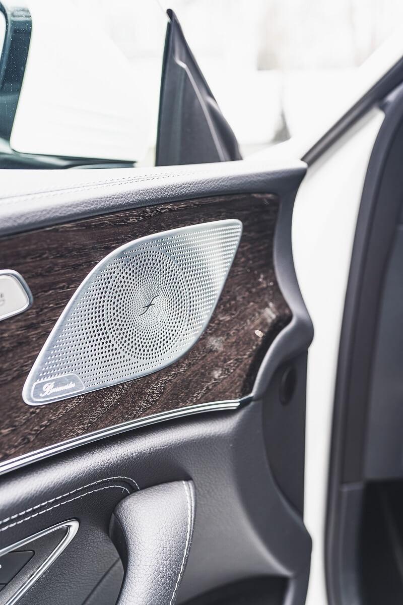 haut-parleur voiture porte latérale
