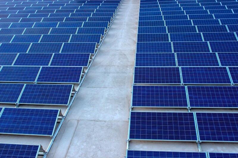 Ce que vous devez prendre en compte lors de l'achat d'un chargeur solaire
