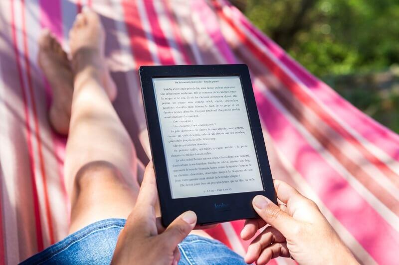 Quels formats un lecteur de livres électroniques peut-il lire ?