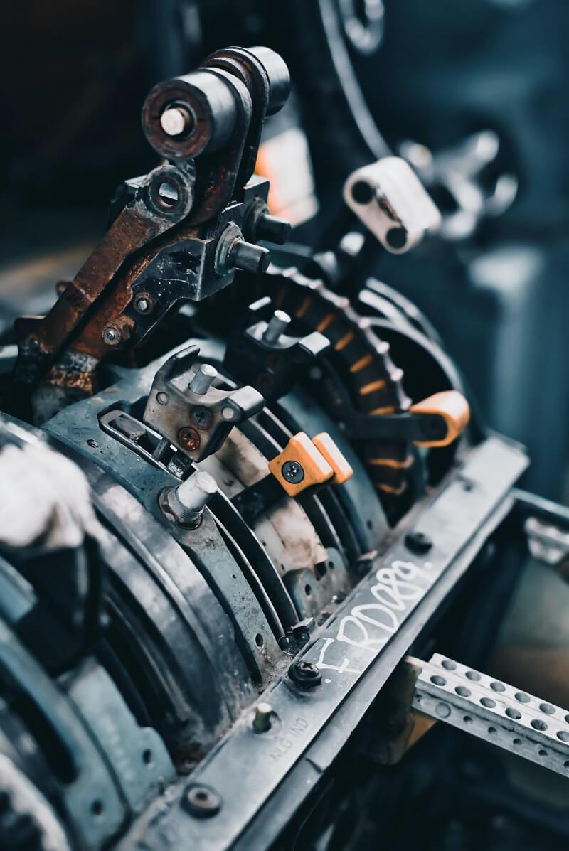 Réglage précis du couple de serrage(clé dynamométrique mécanique)