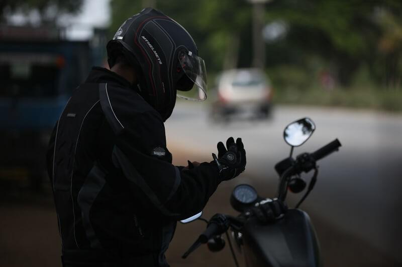 gants de moto